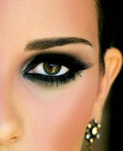 make up viso e smokey eyes